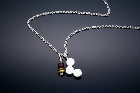 3-Dot-Necklace