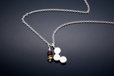 3-Dot-Necklace