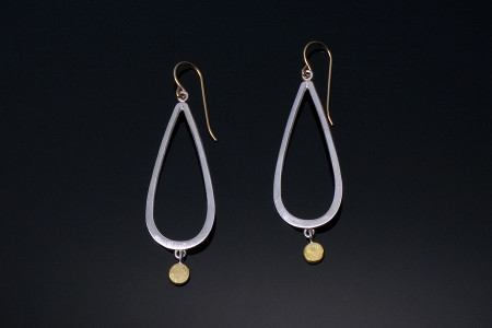 New-Earrings-with-gold-dots